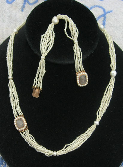 Seed pearl set with necklace and bracelet