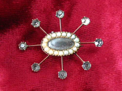 Paste, Pearl Brooch