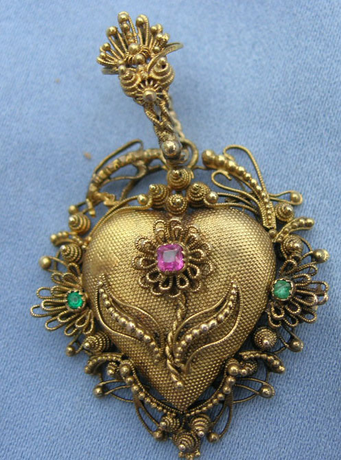 Georgian Heart Emerald Flower Pendant 18th Century