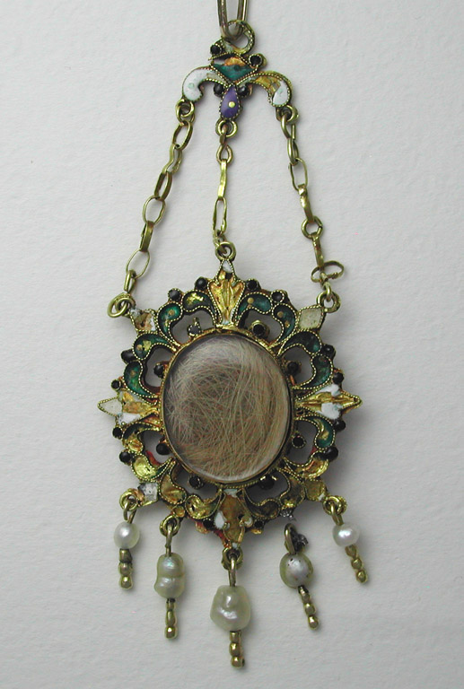 Spanish sentimental pendant 1700