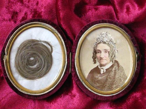 miniature compact photography