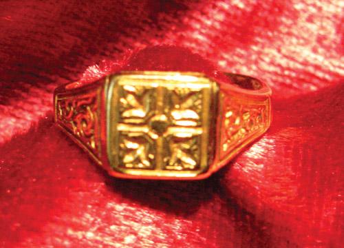 1880 Locket Ring