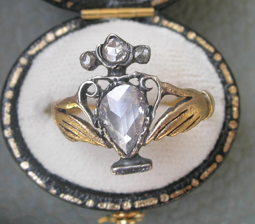 Georgian Diamond Urn Ring fede
