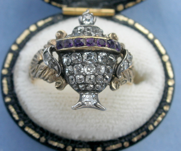 Late 18th century mourning ring with diamonds and amethysts