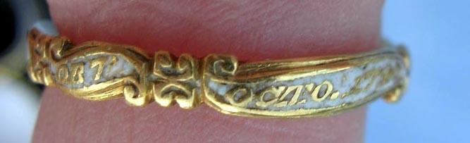 Memento Mori Rococo Stuart Crystal Skull Ring White Enamel