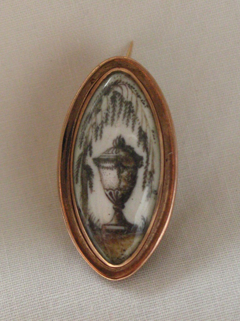 Willow and Urn Pin 1811