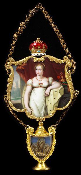 Princess Charlotte Pendant Front