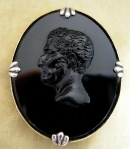 Wellington Mourning Cameo