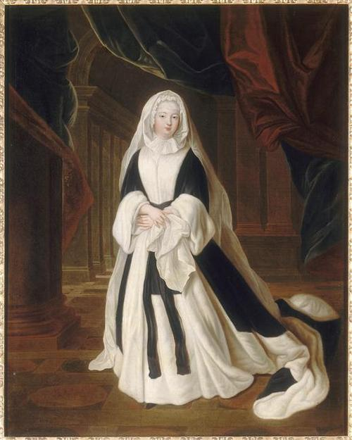 Louise Françoise de Bourbon showing 1701 mourning fashion combination of black and white
