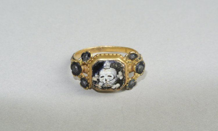 Memento Mori Mourning Ring 17th Century
