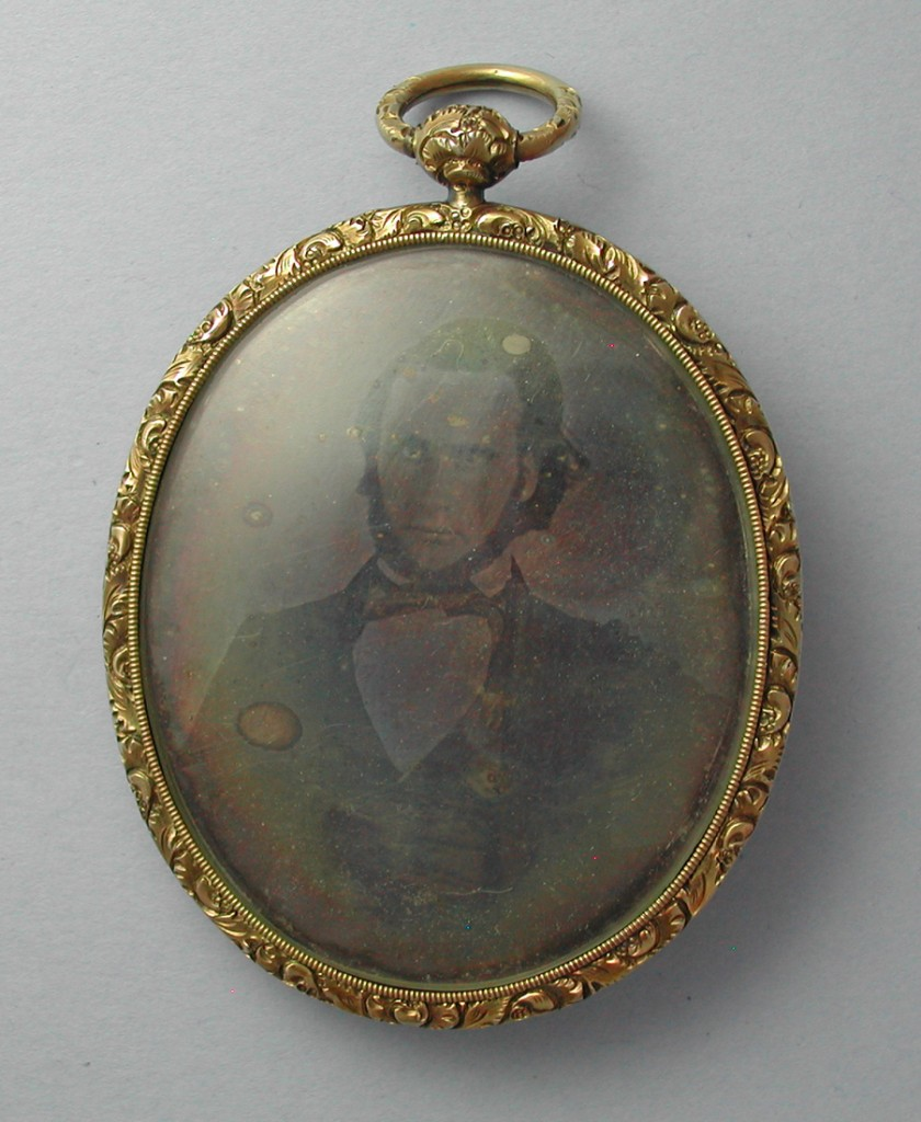 American Daguerreotype Locket Jewel