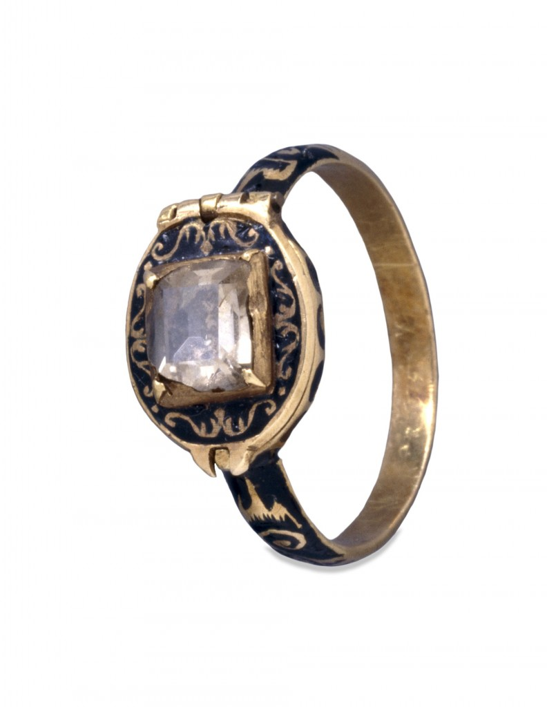 Charles I Memorial Ring, Closed, c.1650