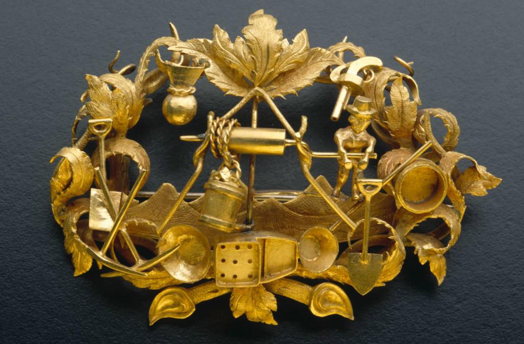 Goldfields brooch with foliate design, 1855 - 1865
