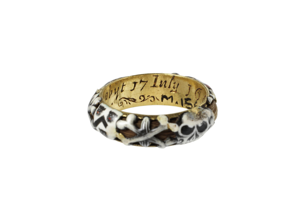 memento mori mourning ring Samuell Nicholets obijt 17 July (1661) Christ is my portion 'Samuel Nicholets died 17 July 1661'