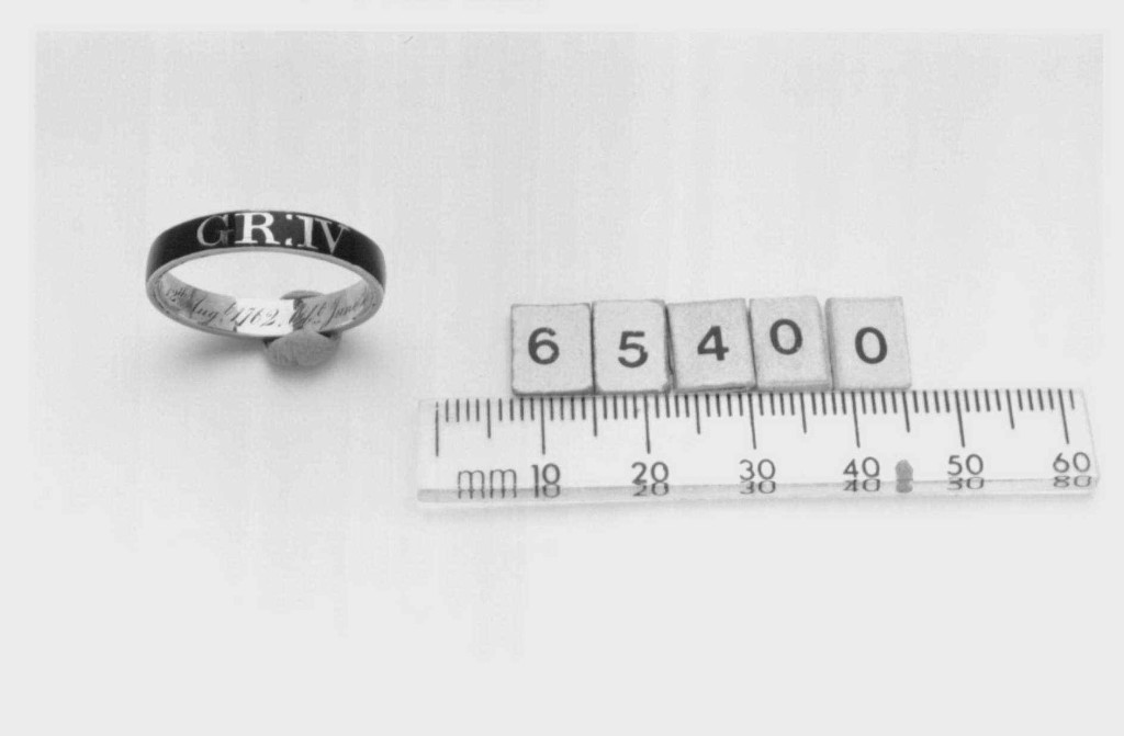 Mourning ring dedicated to George IV
