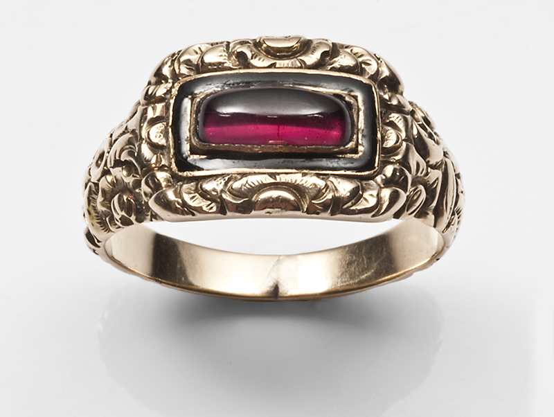 c.1810-20 mourning ring with black enamel and garnet