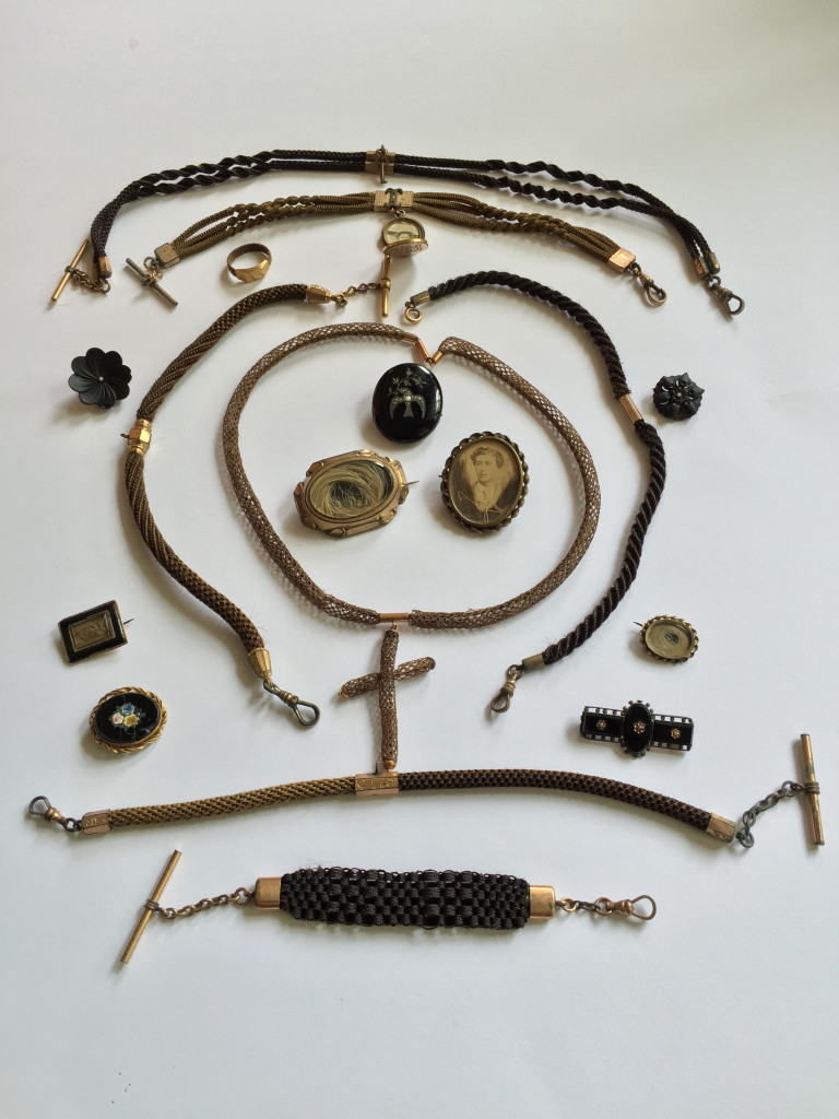 Collection of mourning and sentimental jewels donated to Art of Mourning