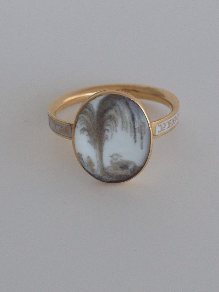 "White enamel ring with lamb symbolism, ""Peggy Pine OB: 30 June 1776 AE: 9 Yrs"""