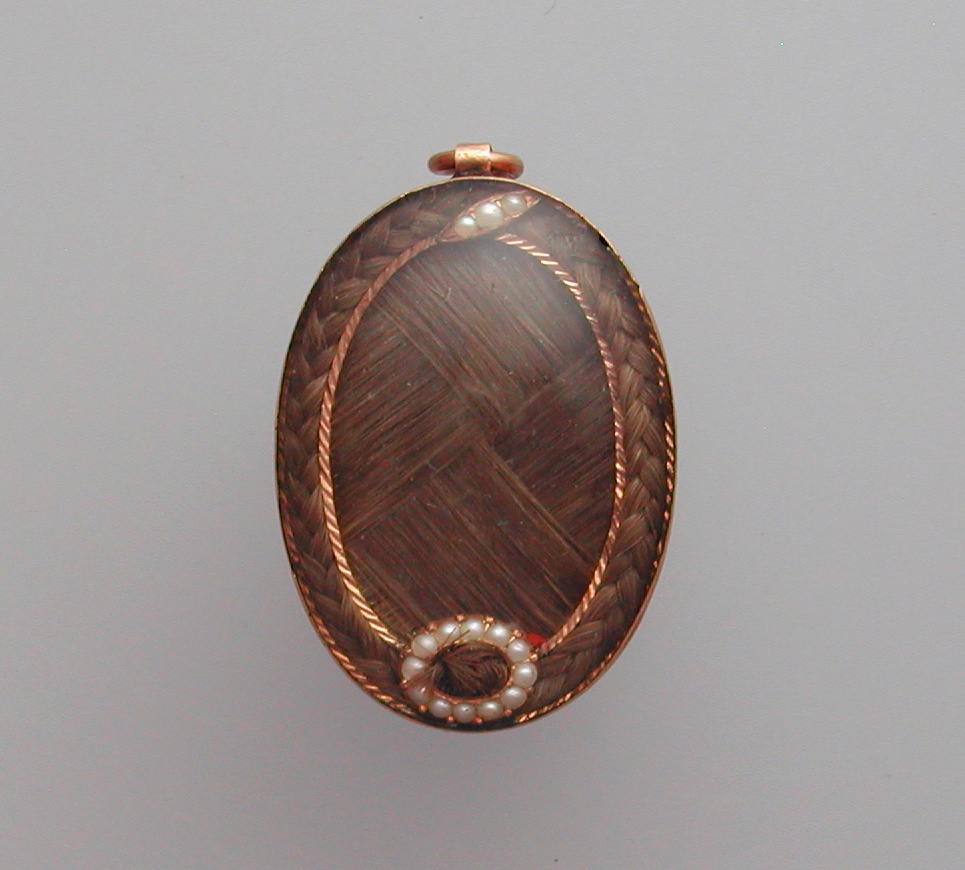 Woven hair pendant, early 19th century